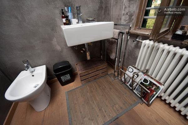 Modern Concrete Bathroom in Small Apartment